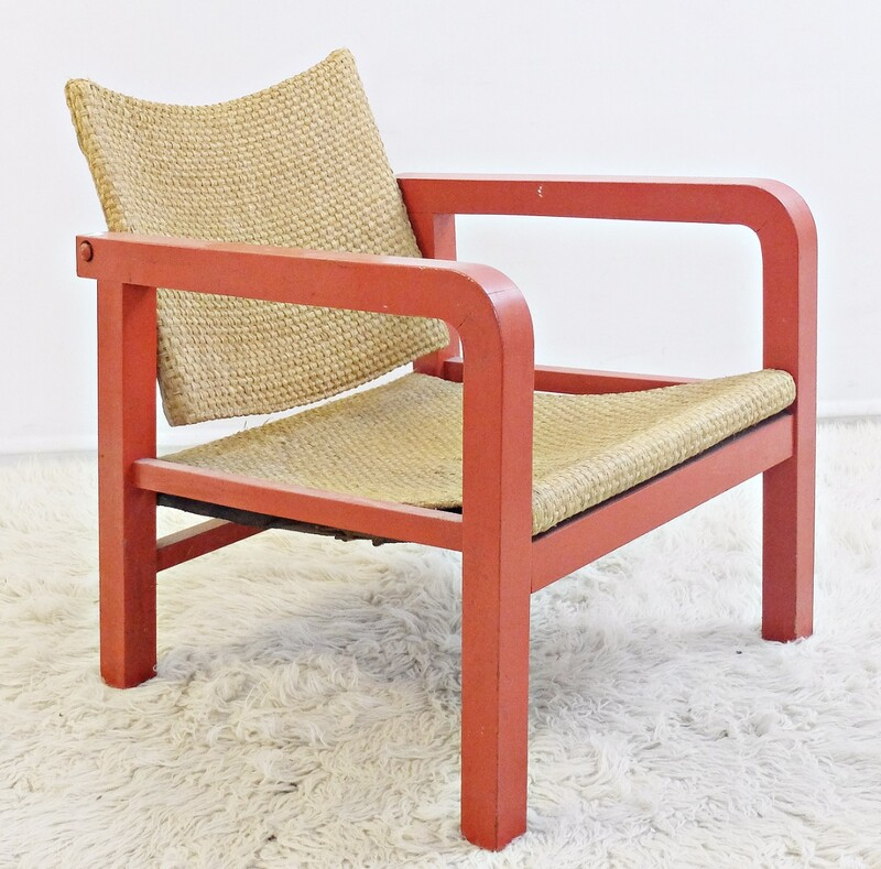 adjustable armchair