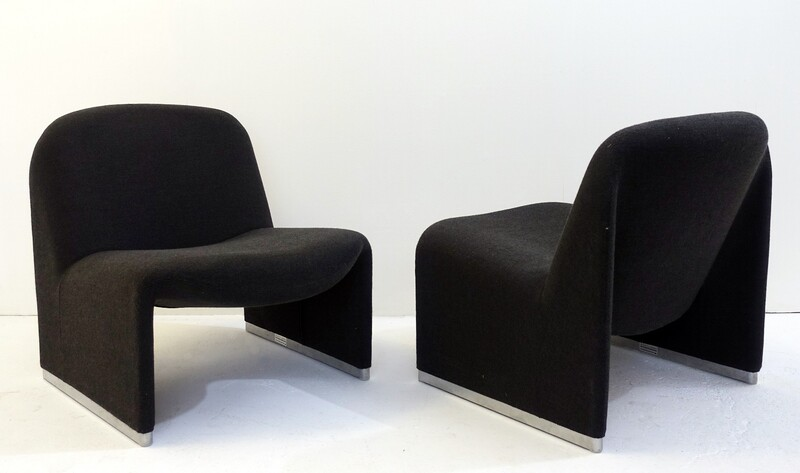 Alky Chairs Designed by Giancarlo Piretti for Castelli - anthracite grey - 1 pair available