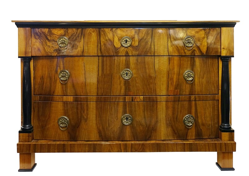 Biedermeier Walnut  Chest of Drawers, 19c
