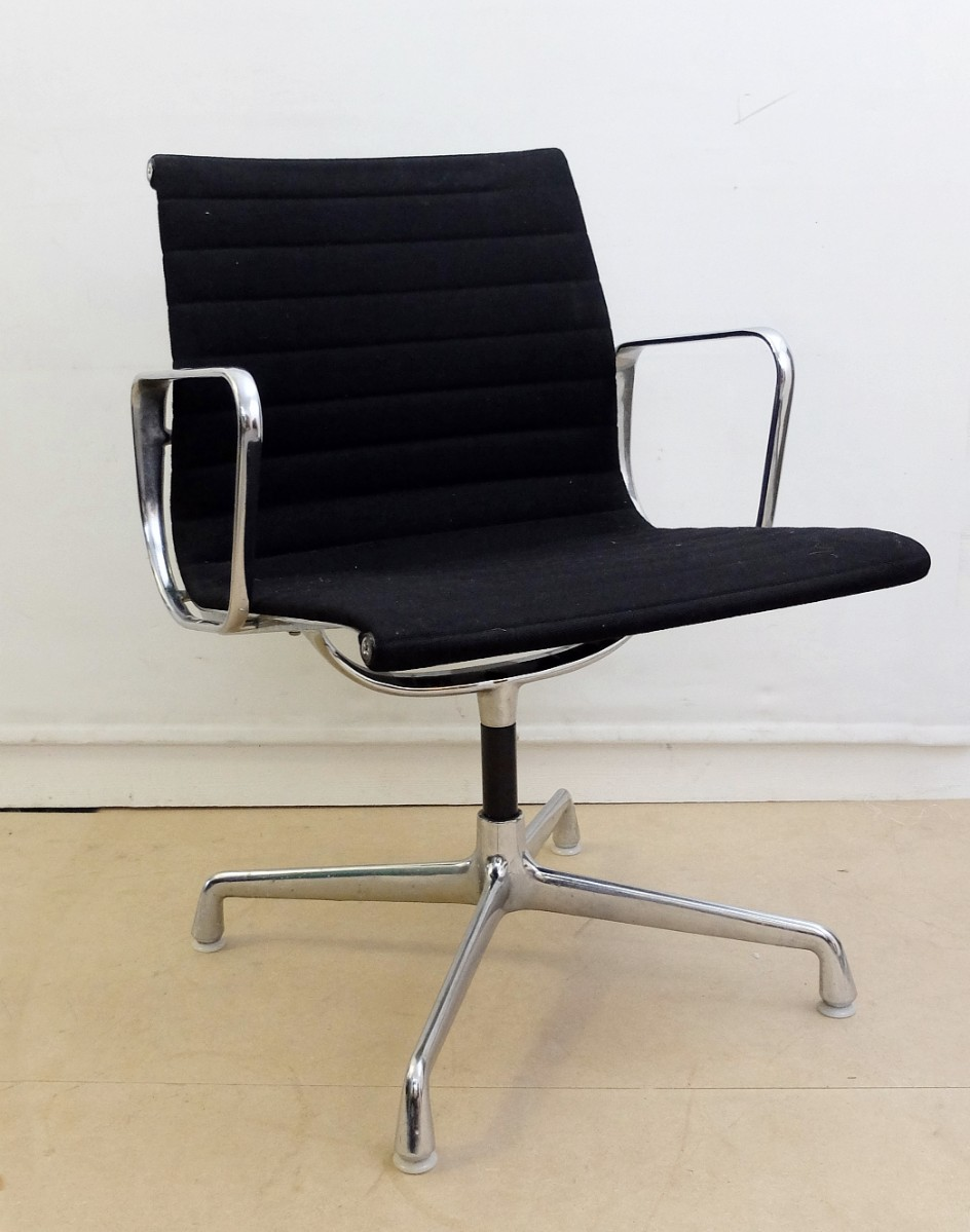 black fabric herman miller original eames ea108 ribbed office chairs 2 available chair. Black Bedroom Furniture Sets. Home Design Ideas