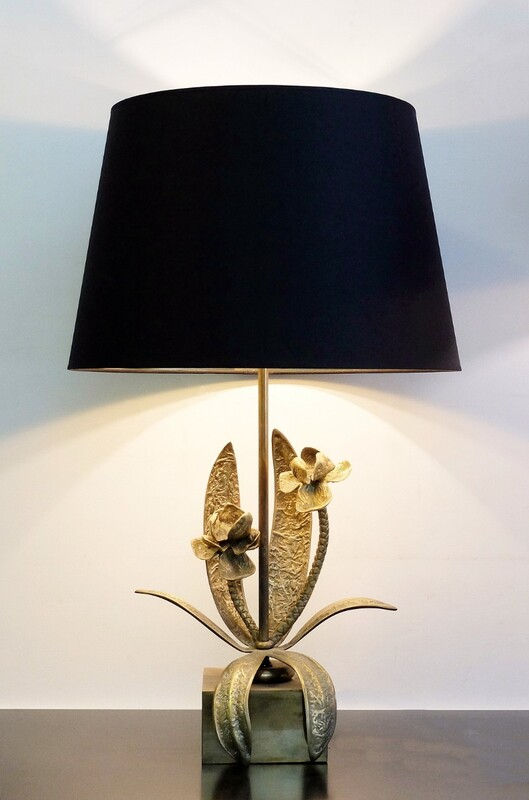 Bronze table lamp in the style Maison Charles