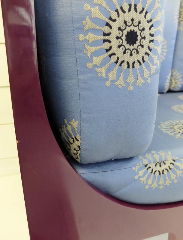 bruno de caumont sofa 90 39 sofa seating via antica. Black Bedroom Furniture Sets. Home Design Ideas