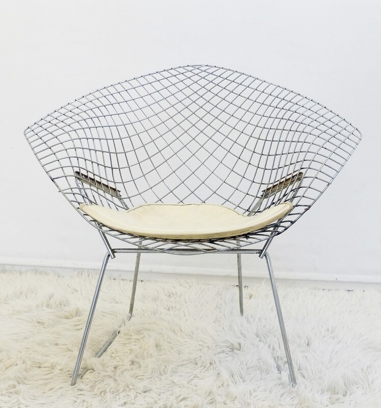 DIAMOND Bertoia Eames Armchair