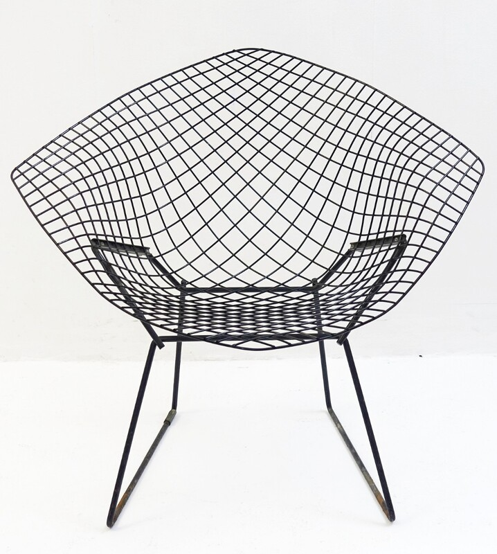 Diamond chair model 421 by Harry Bertoia for Knoll international