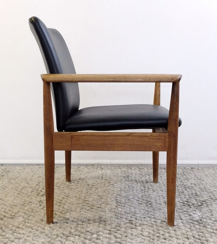 Finn Juhl Diplomat Armchair by France & Søn
