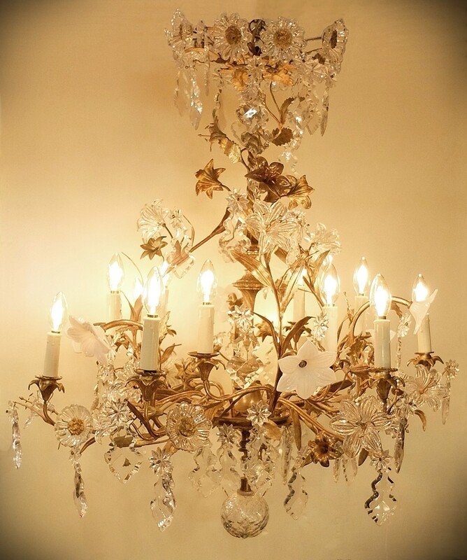 French Rococo Style Late 19th Century Crystal and Bronze Chandelier