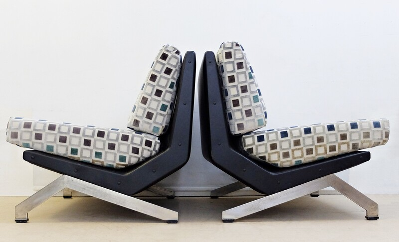 Futurist Pair of Armchairs by Giulio Moscatelli for Forma Nova, Italy, 1960s-New Upholstery