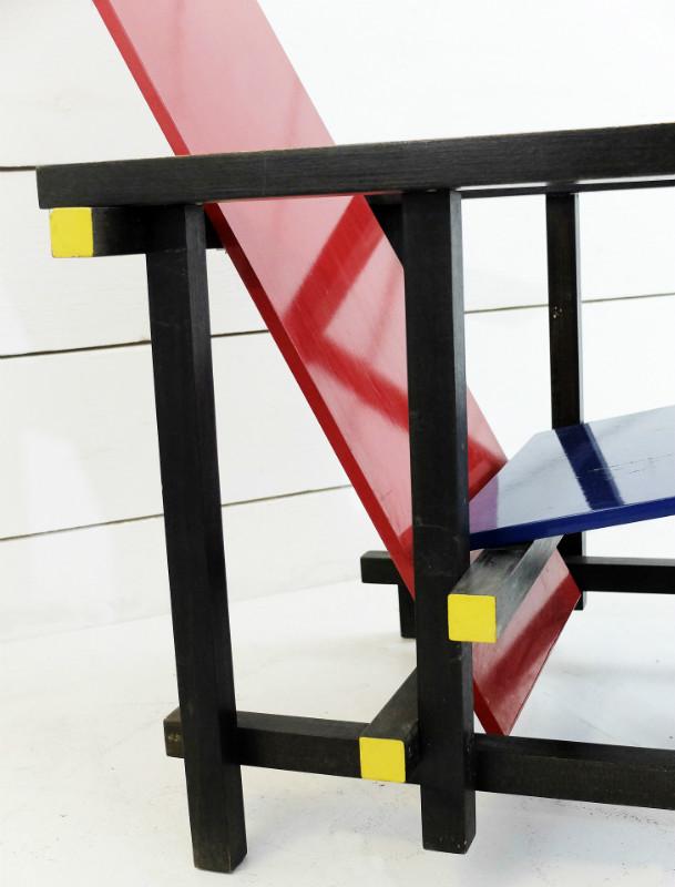 Gerrit Rietveld Red Blue Chair Armchair Seating Via Antica