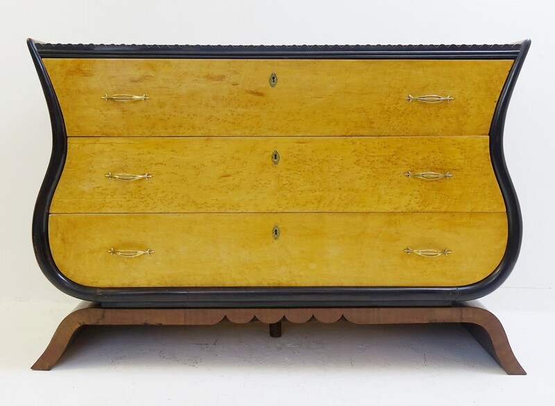 Italian Art Deco style Chest of Drawers