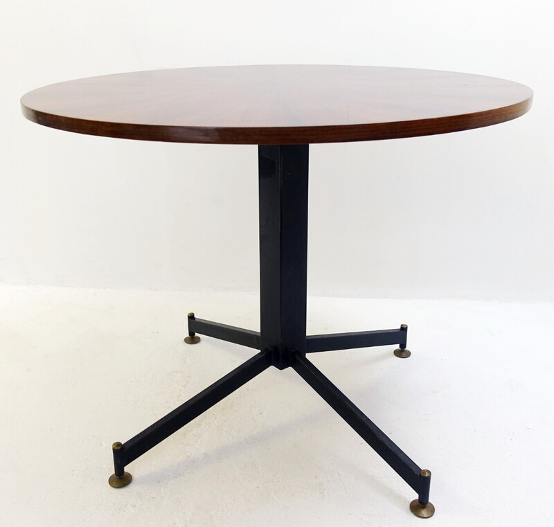 italian round dining table Nobili