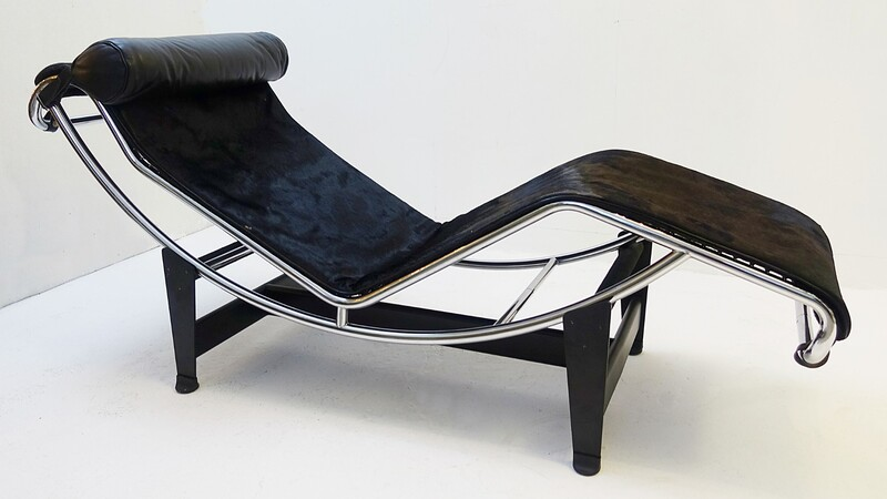 LC4 Lounge Chair by Le Corbusier for Cassina