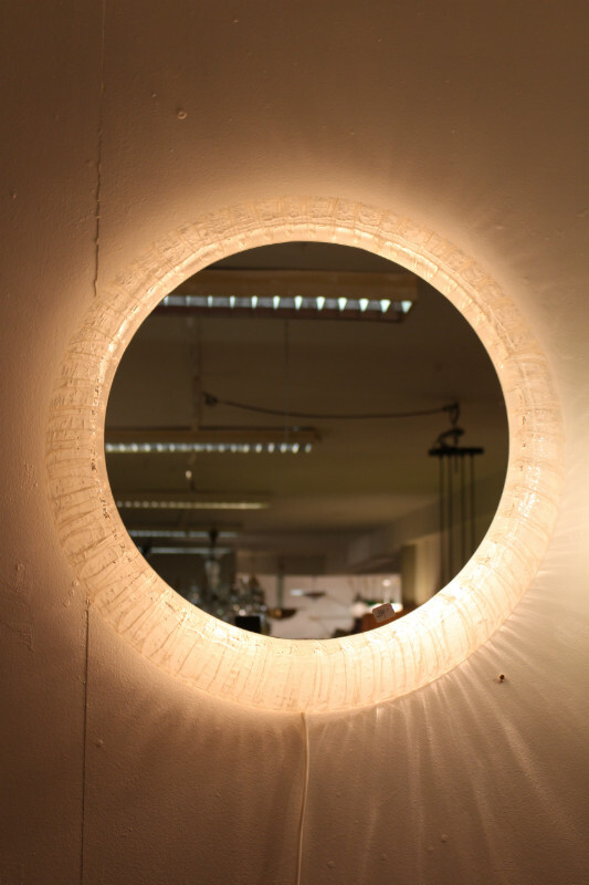 Lighting mirror