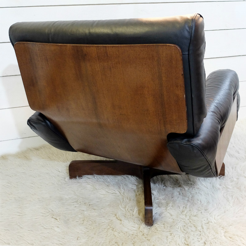 Lounge Chair And Ottoman Black Leather And Wood C 1970 Armchair Seating Via Antica