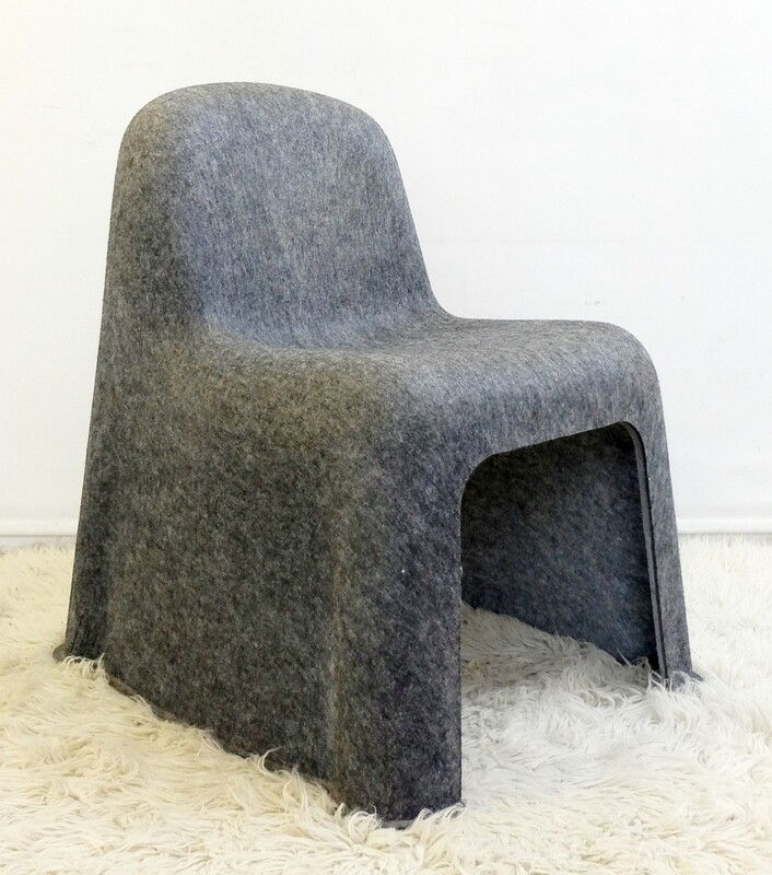 Nobody Chair by Komplot