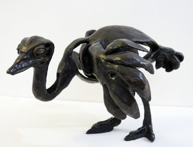 ostrich - paula swinnen bronze Signed and dated 2000 - mention E.A. (Epreuve d'artiste)