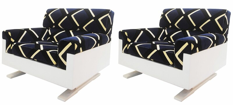 Pair of Armchairs, Italy Circa 1970'S - New velvet Upholstery By Pierre  FREY