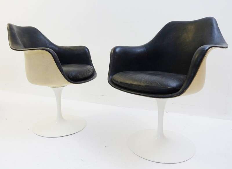 Pair of black leather Tulip armchairs - Eero Saarinen - Knoll