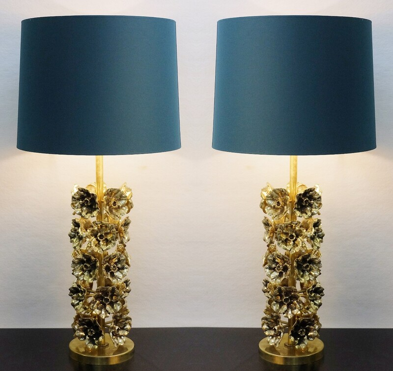 Pair of Flowers table lamps in gilded bronze - Italy