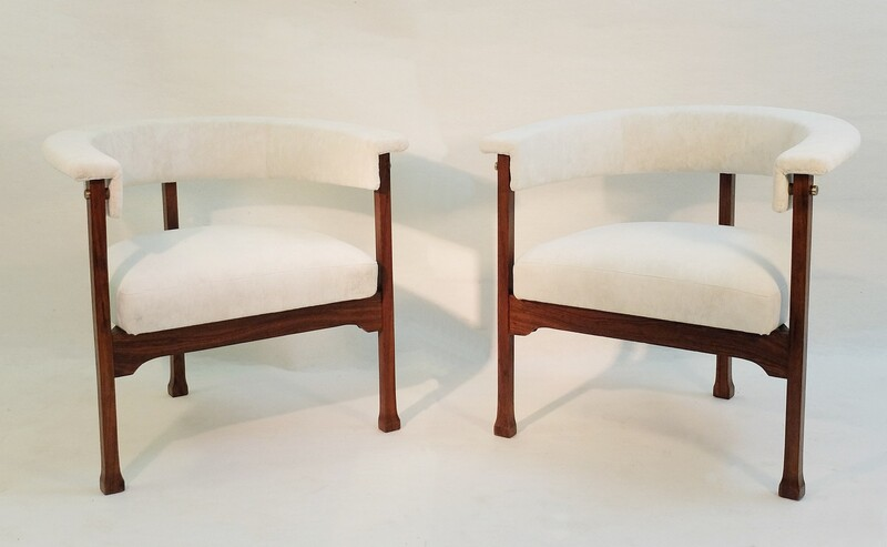 Pair of rosewood Saporiti armchairs - New Upholstery