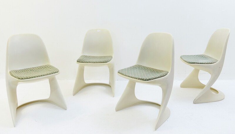 Set of 4 casala plastic chairs by alexander begge