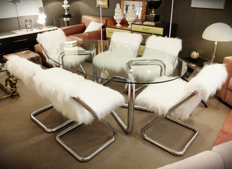 Set of Tubular chrome dining table & 6 chairs