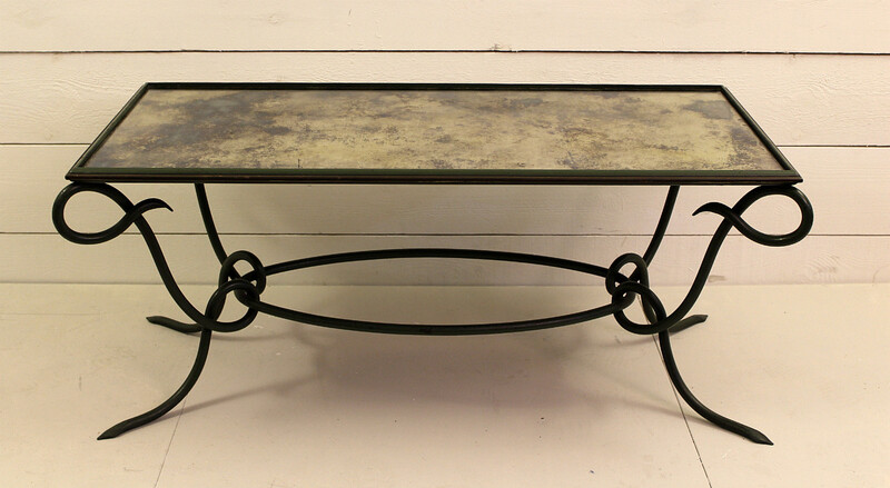 Wrought iron coffee table 40'